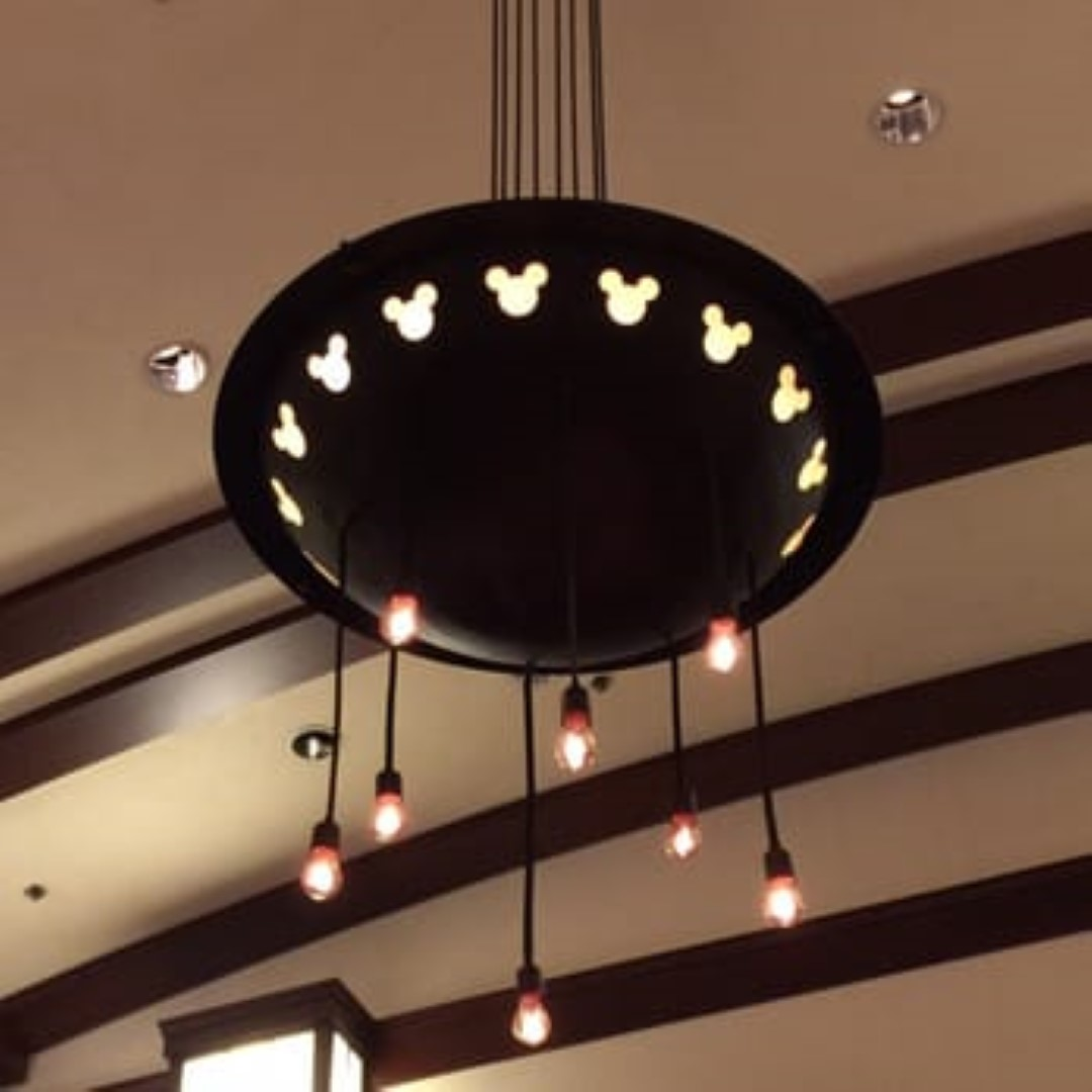 Matts review of the art of the craft tour at disneys grand the chandelier from the lounge arubaitofo Image collections